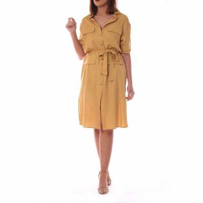 Vestido de lino mostaza con lazada y botonadura