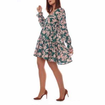 Vestido corto verde con estampado de flores rosas