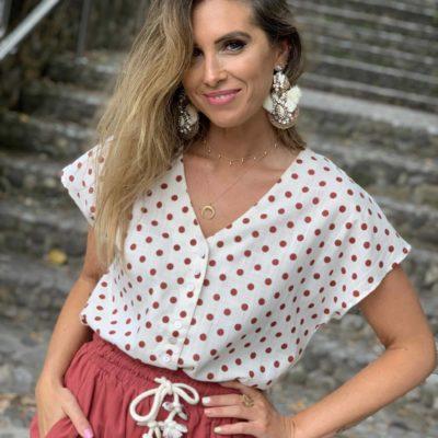 Blussa de mujer con estampado de lunares teja
