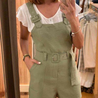 Peto de mujer corto verde con cinturón