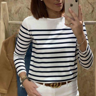 Camiseta de mujer con estampado navy en blanco y azul marino