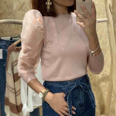 Jersey de mujer rosa con mangas de gasa abullonadas